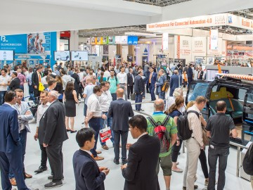 Visitors at automatica