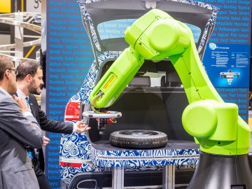 Robot for car manufacturer at automatica